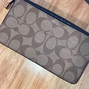 Coach Bags - 🛍COACH Foldover Wristlet in Signature Canvas🛍